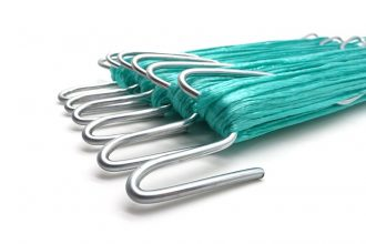 Hoge draad haak met blauw touw